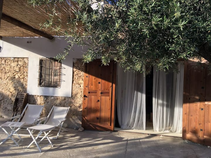 Casa ibizenca en Los Perales