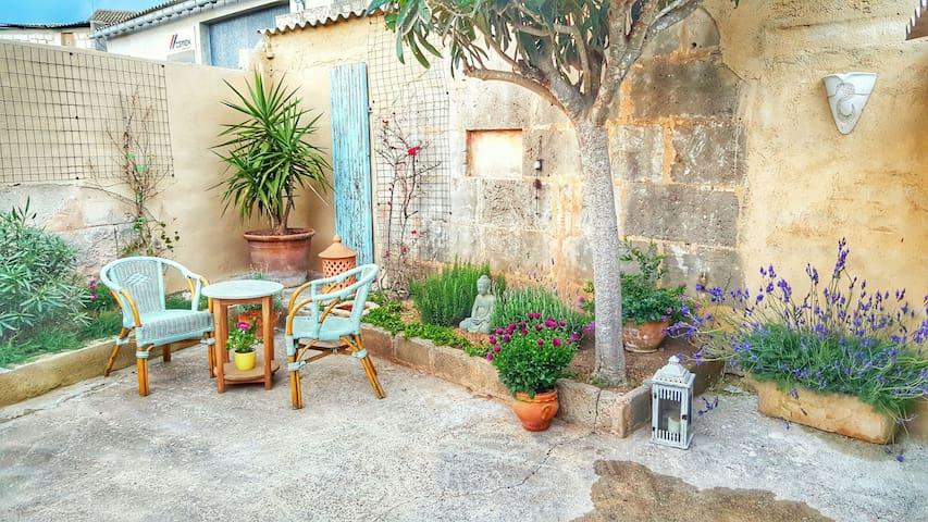 Charmantes Dorfhaus in Ses Salines - Ses Salines - Casa
