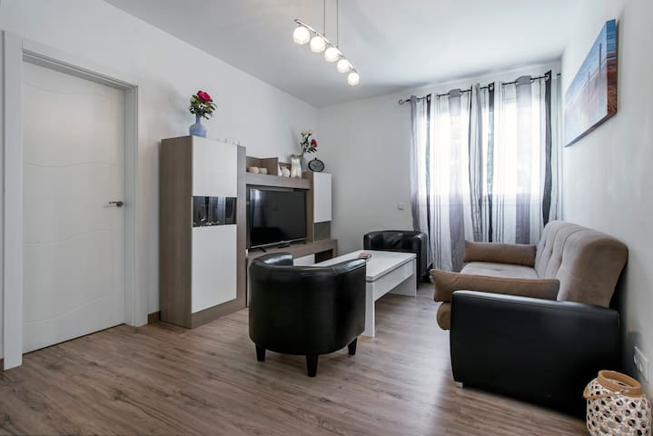 Cozy apartement 15 minutes by car from the center