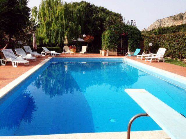 Villa With Pool Apartments For Rent In Mondello Palermo