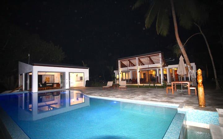 Namele Villas - Main House, Studio and Villa 2
