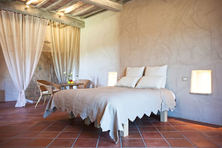 "Agriturismo Humile - Suite ""Solevante"" - Chianciano Terme - Bed & Breakfast"