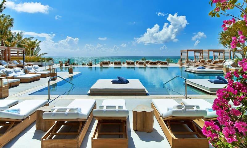 "Miami Beach Departamento ""Lololand"""
