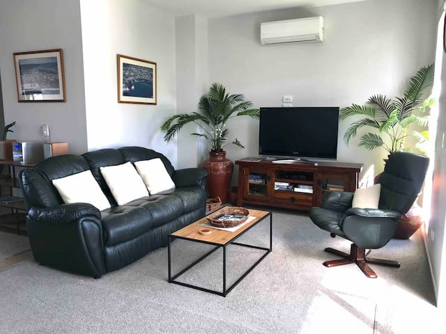 Beachlands Junction Townhouse -  Pohutukawa Coast