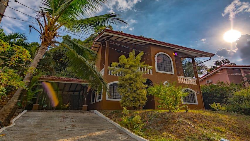 Casa Los Santos - beautiful home !!