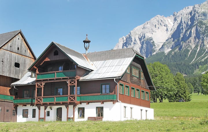 Holiday apartment with 7 bedrooms on 240m² in Ramsau am Dachstein