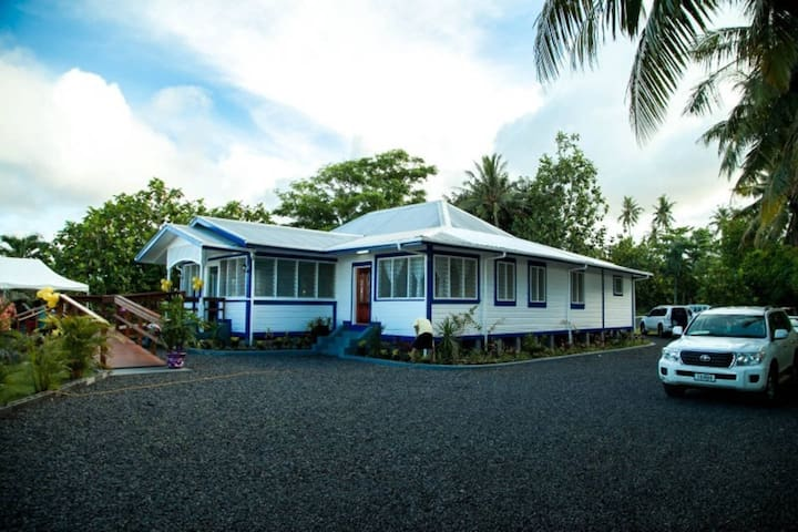 Ulalei Lodge - Double Rooms