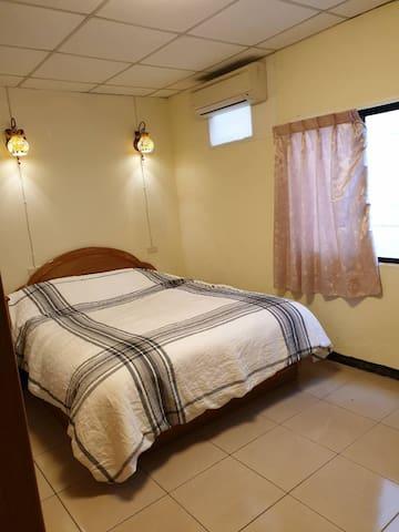 眾悅民宿(Zhongyue) (799),歡迎月租。早餐歡迎訂購,點擊房東照片看更多舒適房型喔 !
