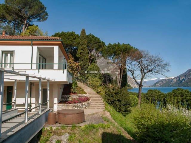 Lake Como / Il Cubetto Antesitum  (097045CNI00002)