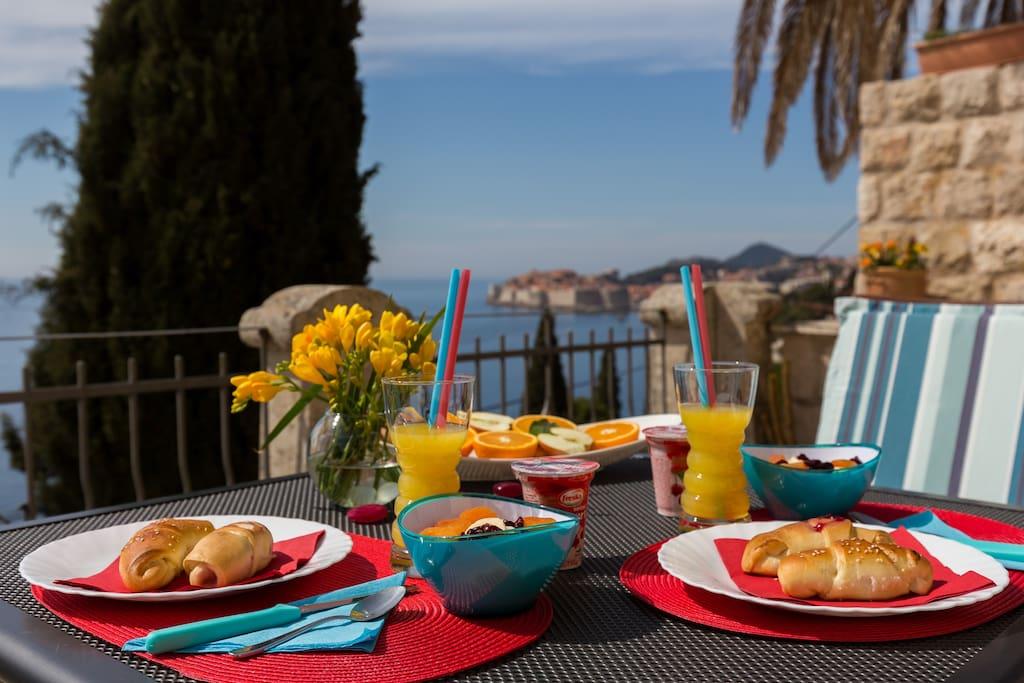 Lovely shared terrace