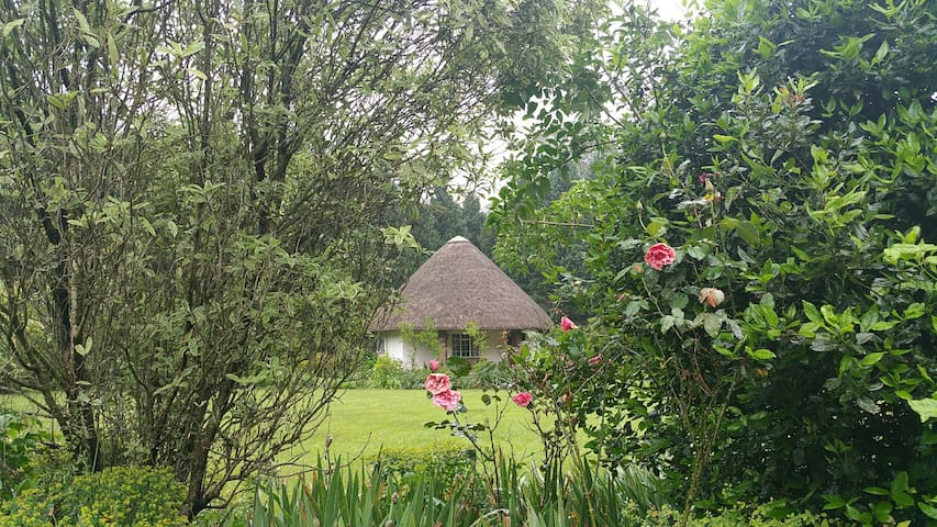 River Goose Cottage: the Rondawel