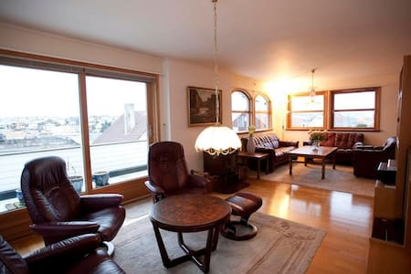 ★ Comfy place with ace views ★ Activities & bikes - Stavanger - Rumah