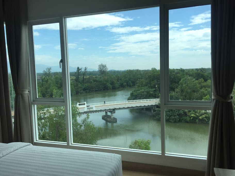 bedroom river view