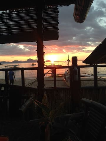 Top notch View at Mama Cherry's - El Nido - Oda + Kahvaltı