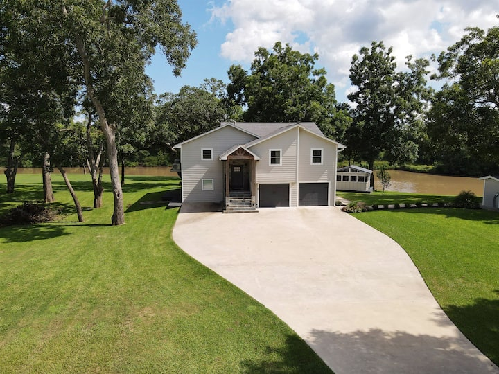 San Bernard River || Rivers Edge Sweet Retreat || 5 acres