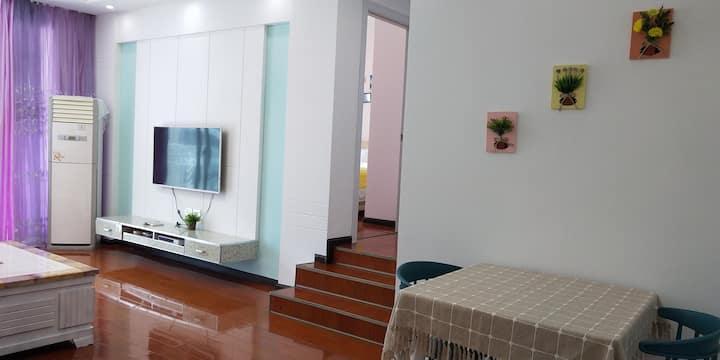 凯里市中心万博阳光帝苑舒适两居室
