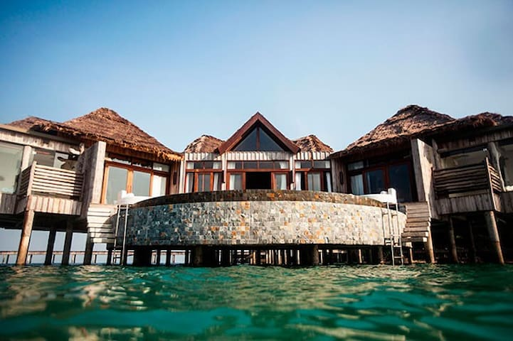 Ultimate Getaway 2 Bedroom Villa with Ocean Peek - Krong Preah Sihanouk - Casa de camp