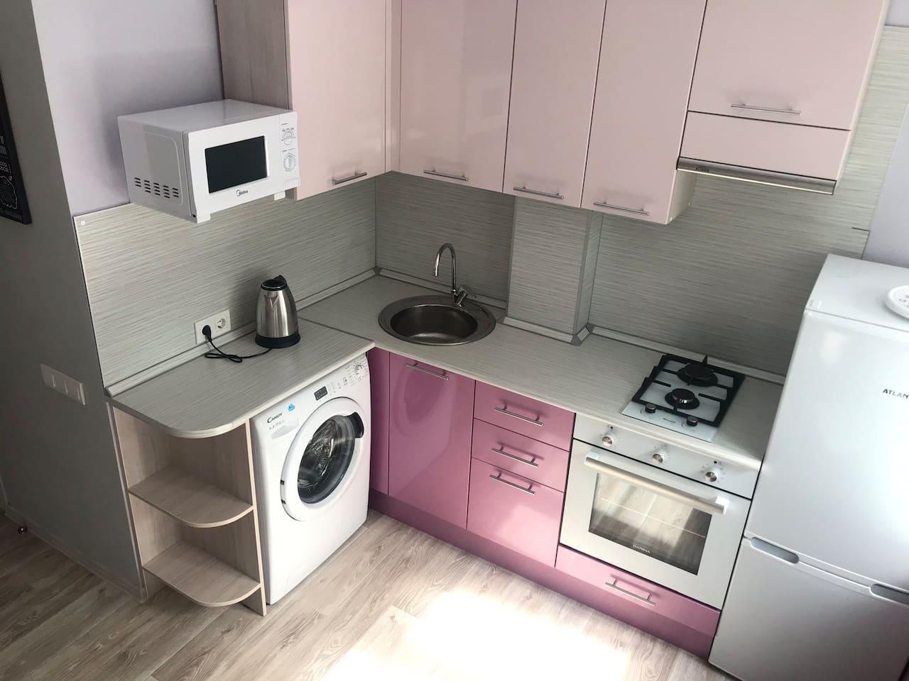 Новая удобная Кухня