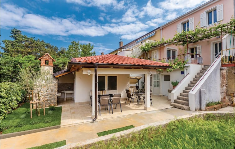 Holiday apartment with 1 bedroom on 42m² in Krk