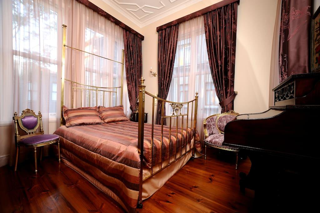 economy room price 45 euro