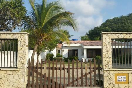 Casas en la playa de Tolú, 30 psona