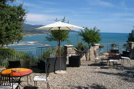 Romantik House Belvedere - Marina di Casal Velino - Blockhütte