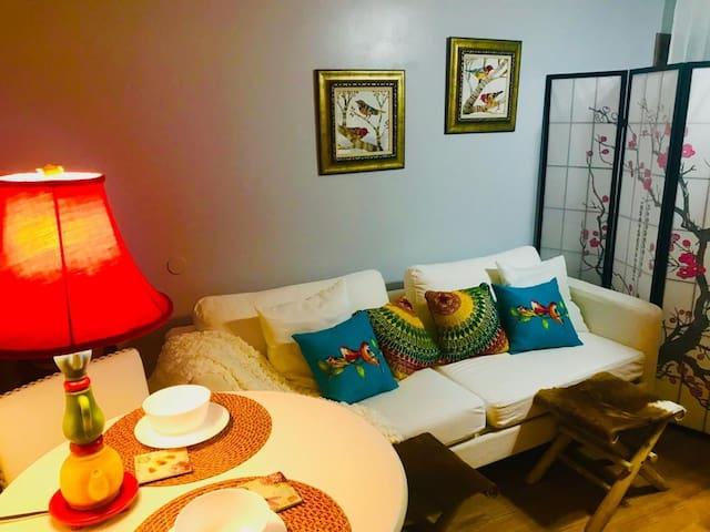 Studio Ania in Miami. Cozy w Great Reviews