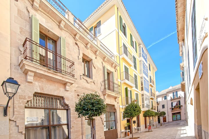 Can Blau Homes. Apartments at the heart of Palma.