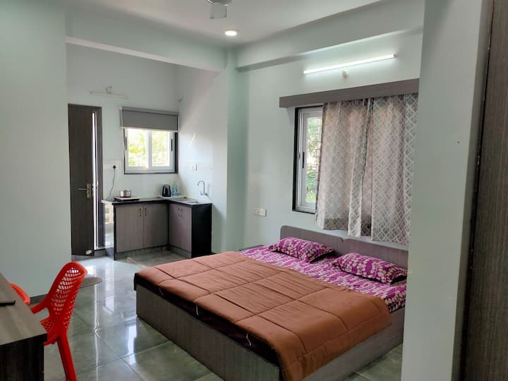 Shrivardhan Homestay Studio Apartment 205
