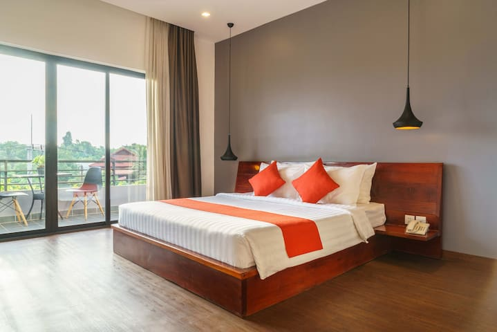 #125 Room with big balcony and Sunset View