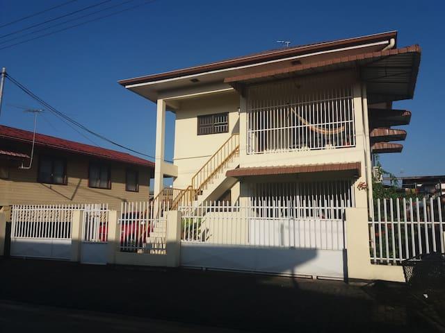Moderne appartement niet ver van het centrum