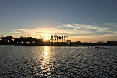 The Best Sunset In San Diego - San Diego - Boot
