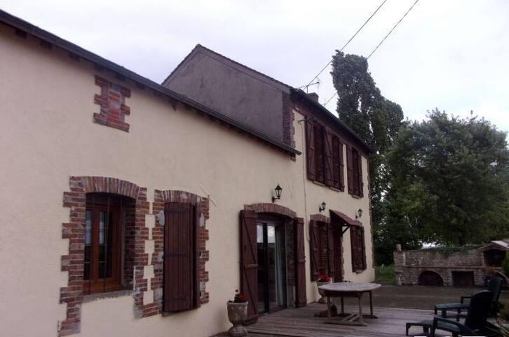 Maison confortable dans village calme