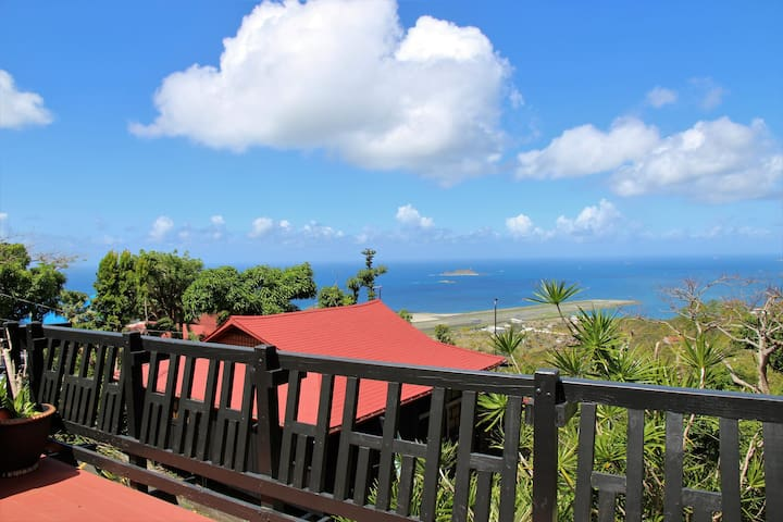 Large 1 B/R Home with Great Ocean Views!