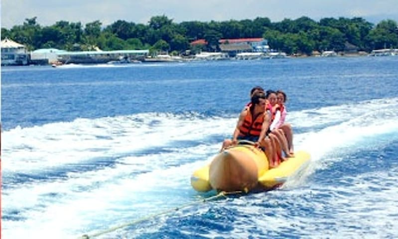 the only banana boat in south cebu only in mdf beach resort