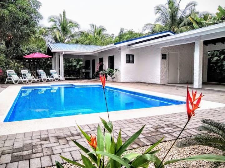 Casa Placida - Near Exceptional Pacific Beach Town