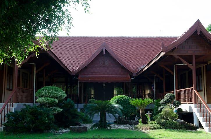 Villa Ratana 1
