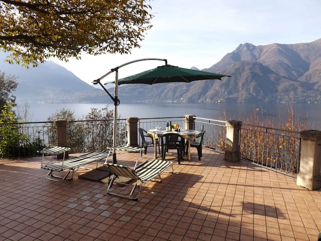 Exclusive Villa Crotto Lake View - Varenna - Dům