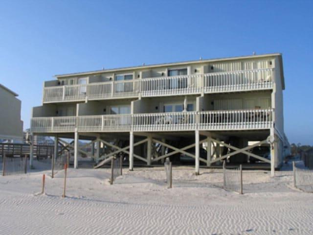 Surf Song-COASTAL RESORT REALTY | Gulf Shores