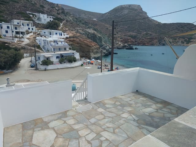 House in Agkali,Folegandros