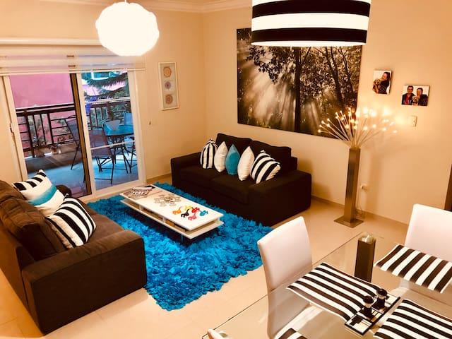 Apartamento, Gran ubicación, Acogedor, Con Terraza