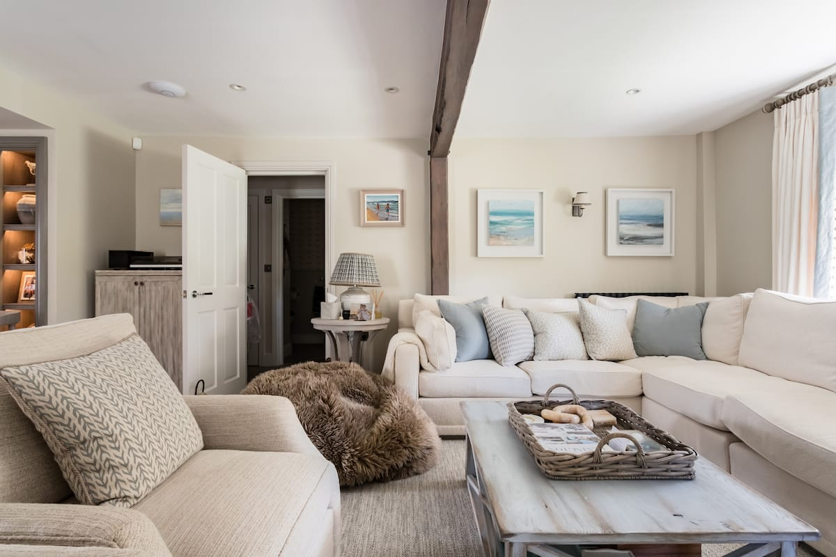 Stay in a Luxurious Cottage Situated in Croyde, Devon.