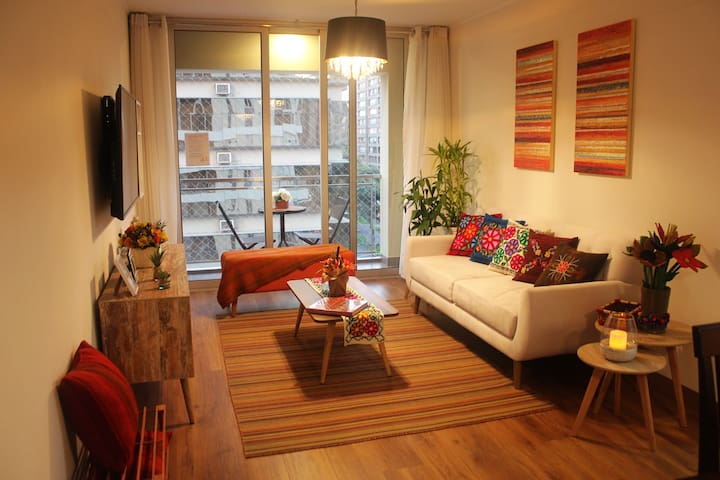 Charming Peruvian Style Apartment-Miraflores Pardo