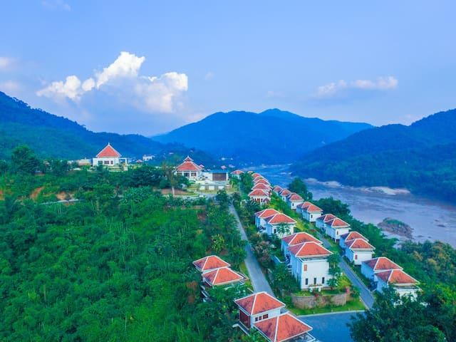 Le Grand Pakbeng (Mekong Villa Room)