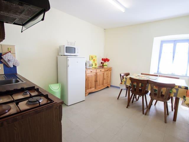 Apartment-Wet room-GÎTE N° 15