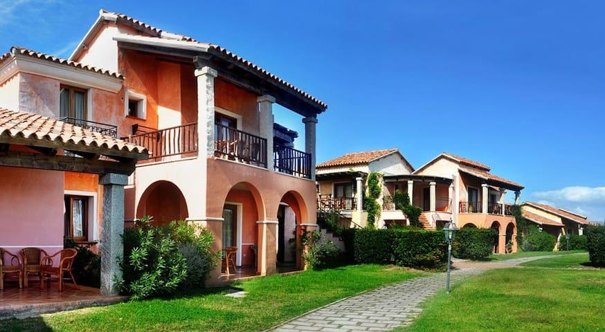 Appartamento in villaggio sul mare - San Teodoro - Appartement