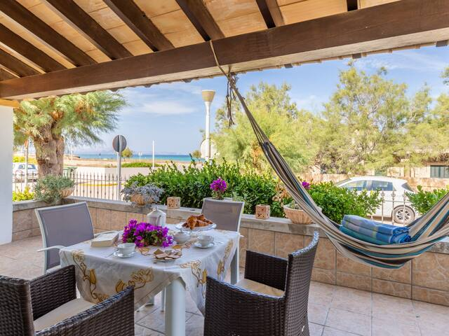 15% OFFER - BOOK NOW - Sea side Cottage in Son Serra Marina 4 persons