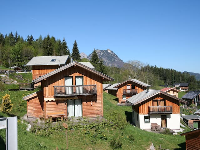 """Alpenrose"", 4-room house 90 m² for 8 persons"