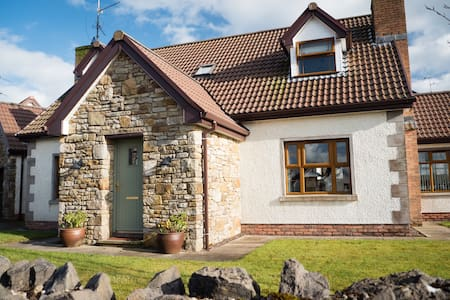 Spacious 3 Bedroom Home - Northern Ireland, GB
