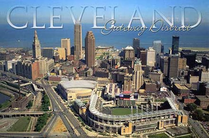 Downtown Cleveland Ohio - Best Location!